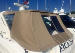 Sea Ray With a Custom Full Enclosure Aft